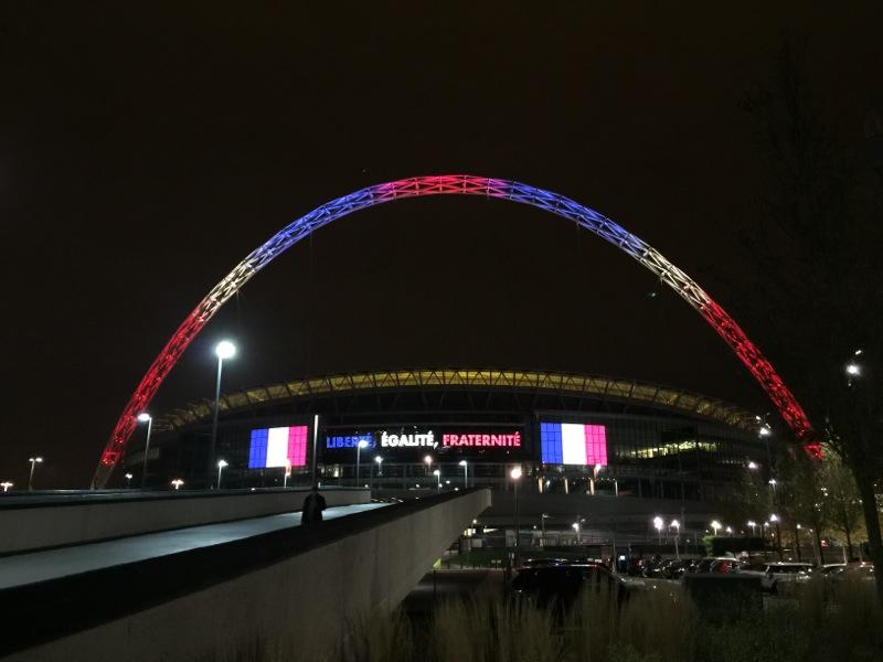 Liberté Égalité Fraternité Wembley 800